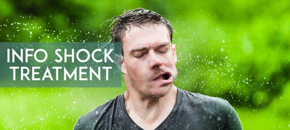uomo che si scrolla l'acqua di dosso con scritta Info shock treatment